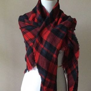Accessories - Plaid for fall!  Triangle-shaped plaid scarf